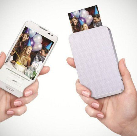 Ever imagined printing photos without using ink but heat? Check out ZINK, a portable zero ink printer which prints photos directly from your smartphone.