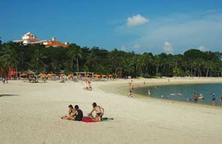 http://www.asian-tourist.blogspot.com/2012/09/beaches-of-singapore.html