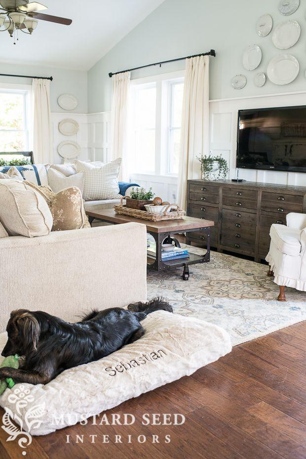 Best 25 glass slipper benjamin moore ideas on pinterest Benjamin moore glass slipper living room