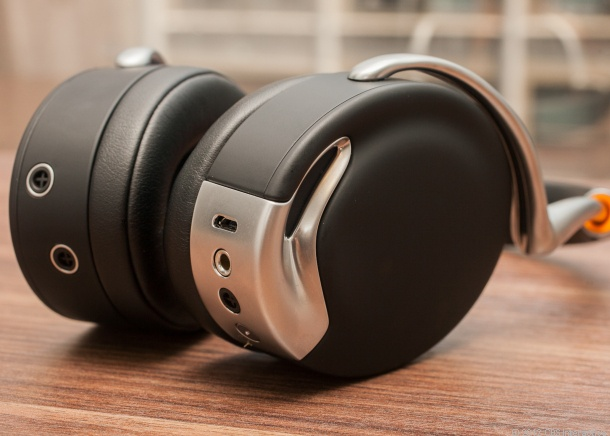 1000 ideas about headphone reviews on pinterest audio in ear headphones and samsung. Black Bedroom Furniture Sets. Home Design Ideas
