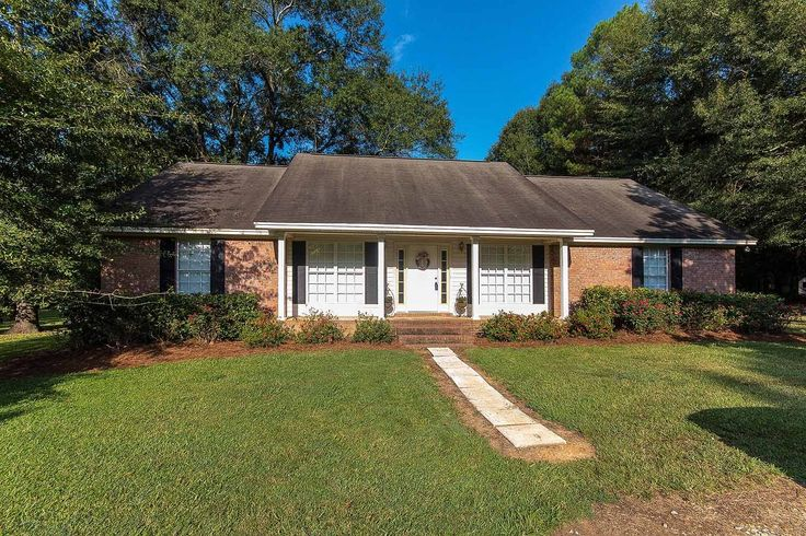 CLICK2TOUR 12.5 acres on Steep Creek in Hope Hull. Escape to the county in this 3BR/2BA home, greatroom w/fireplace, dining room, bonus room, fenced, kennels, hardwoods...horses and livestock welcome. For more details call/text, CarolAnn Browning, 334-301-6181 with Montgomery Metro Realty today! Photos & tour by Sherry Watkins…I Shoot Houses…http://www.Go2REassistant.com/VirtualTours.htm
