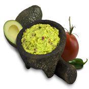 Guacamole con Nachos 4 tortitas de maiz - 2 aguacates - Media cebolleta - Medio diente de ajo - 1 punta de chile - Unas gotas de zumo de limón - Aceite de oliva - Cebollino -Sal