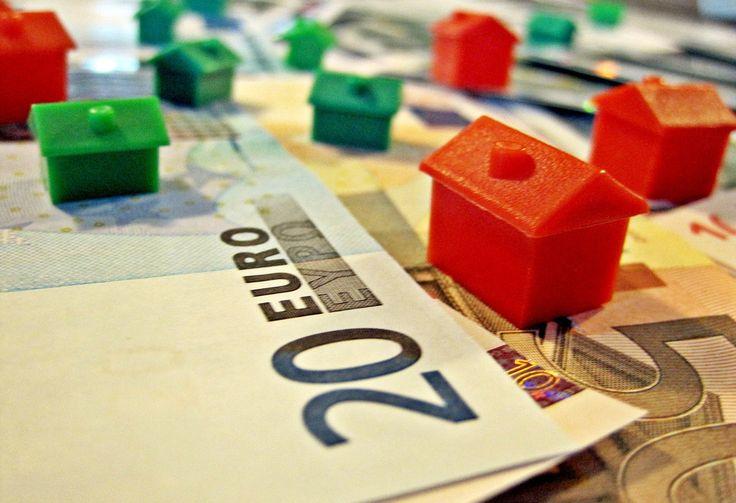 Nell'ultimo trimestre del 2016 qualcosa si muove sul fronte dei prezzi delle case: rispetto allo stesso periodo del 2015, secondo l'Istat, c'è stato un lievissimo aumento delle quotazioni residenziali, pari al +0,1%.