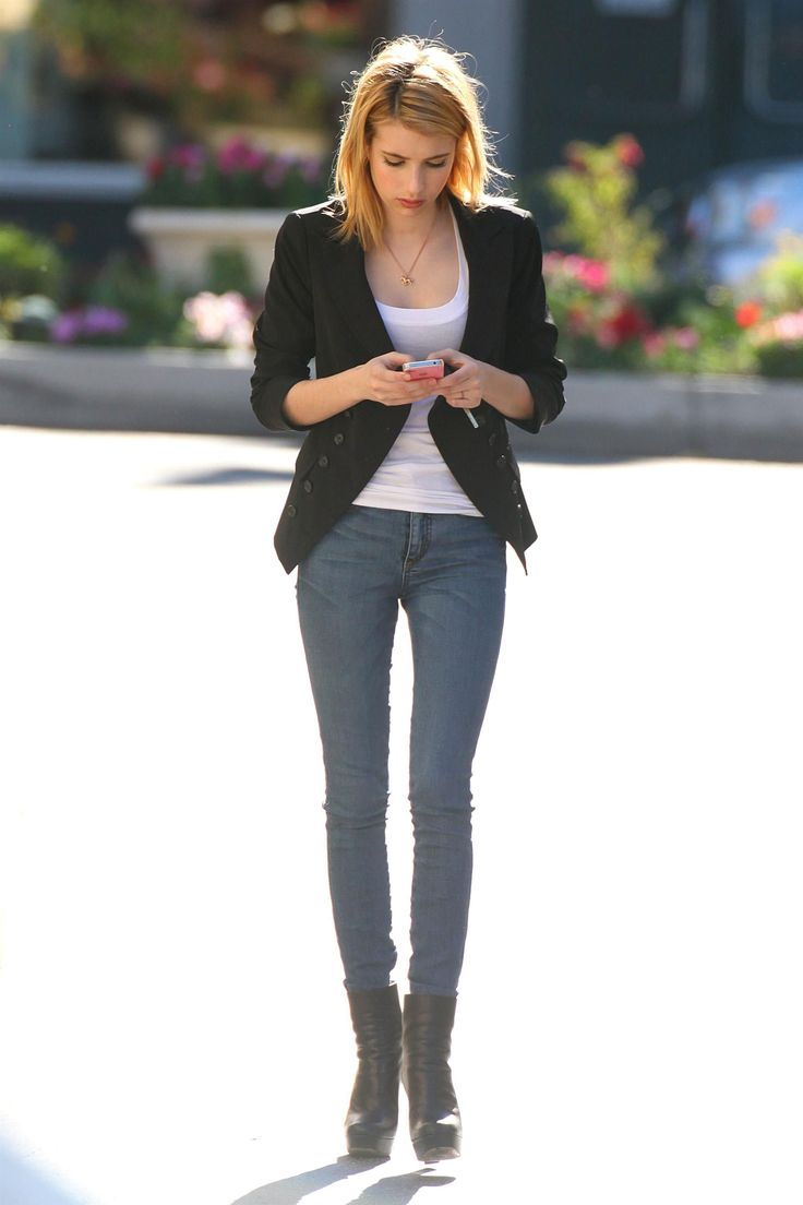 Emma roberts Love this whole attire. She will always be my style icon