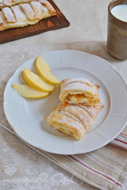 Colazioni a letto: Fagottini di ricotta farciti alla crema e bastoncini di mele essiccate