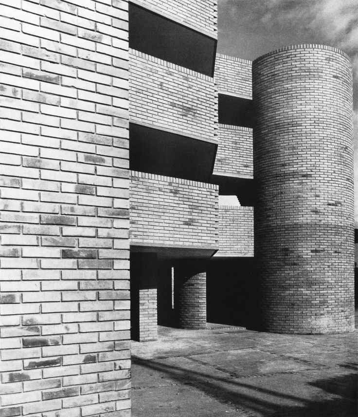 Carpenter Center for the Visual Arts, Harvard University, Cambridge, Massachusetts, 1962  by Le Corbusier