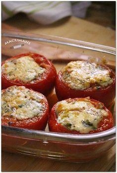 Tomates rellenos al horno con queso azúl