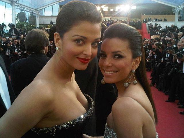 Throwback monday an old picture of Aishwarya rai from cannes when she used to expose #aishwaryarai at cannes  #aishubhabhi #aishwarya #bollywood #bolly #india #desi #hotbabe #masalababes #katrinakaif #deepikapadukone #aliabhatt #kareenakapoor #mouniroy #dishapatani #sunnyleone
