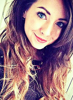 Zoe! youtube: Zoella280390