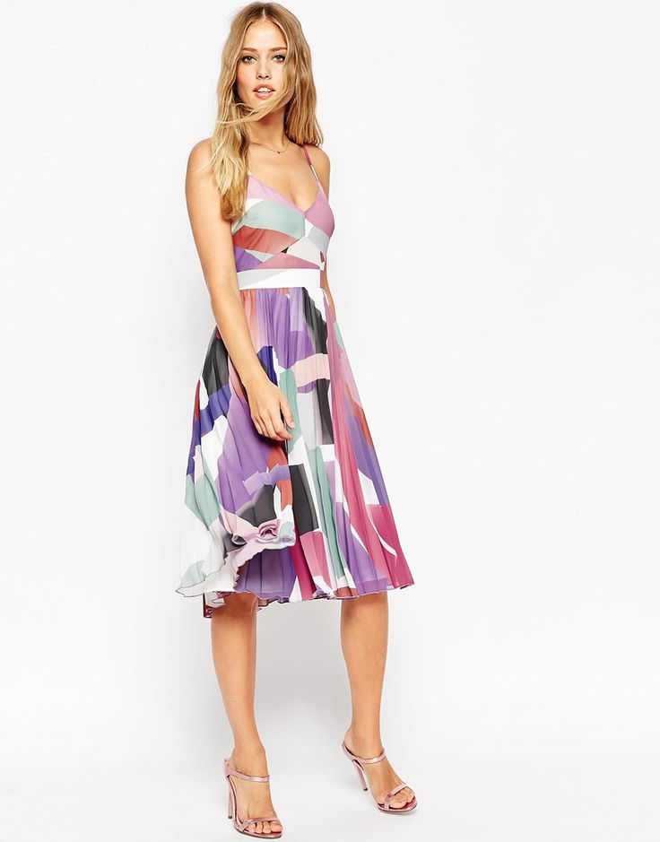 Cute What to Wear to a Fall Wedding Wedding guest dresses for autumn weddings and ideas for dresses and wedding guest outfits for fall weddings