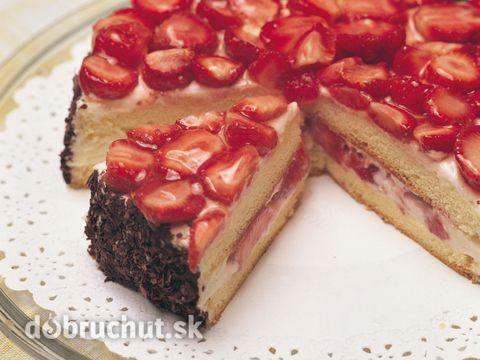 Smotanová jahodová torta