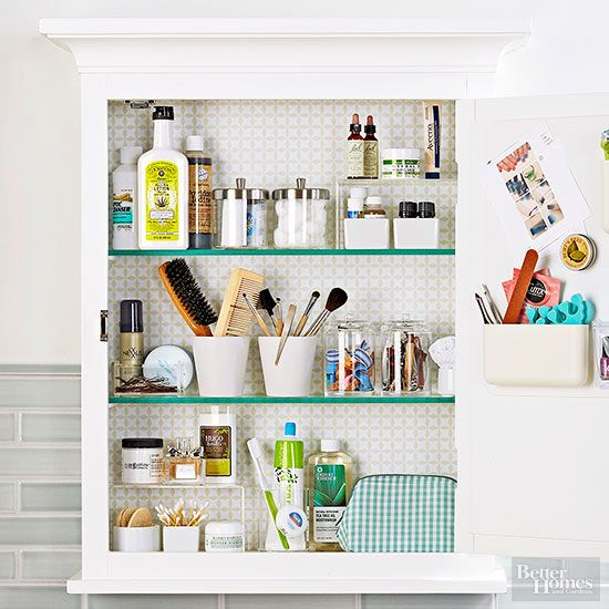 Our organizing tips and ideas will transform your cluttered bathroom cabinets into neat and tidy shelves and drawers! Use baskets, trays and other dollar store finds to keep everything in its place.