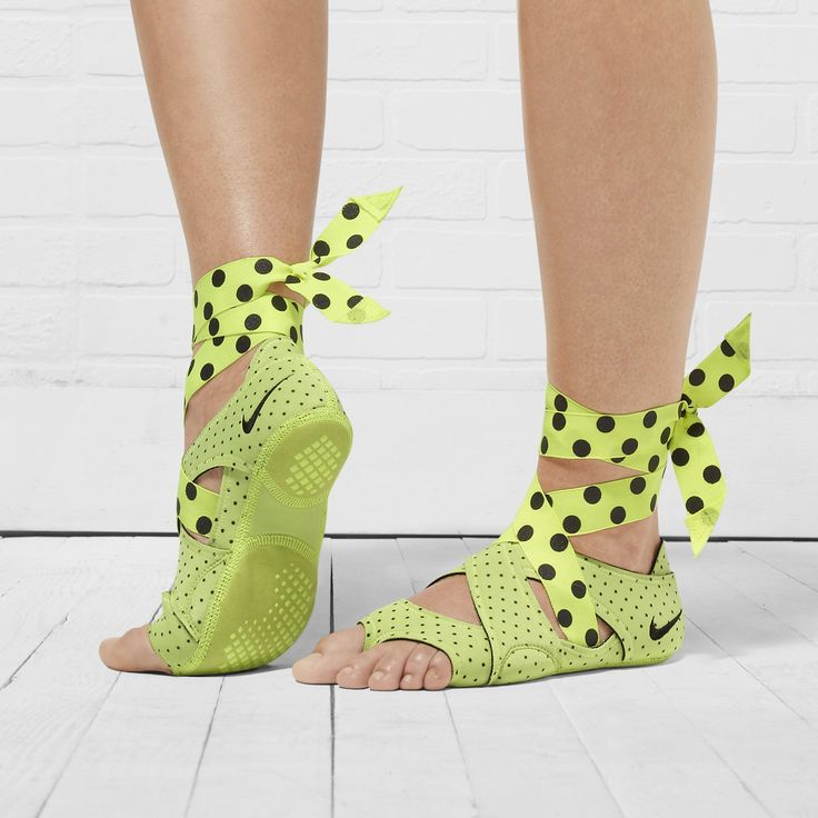 Best Yoga Shoes With Arch Support: 17 Best Ideas About Nike Studio Wrap On Pinterest
