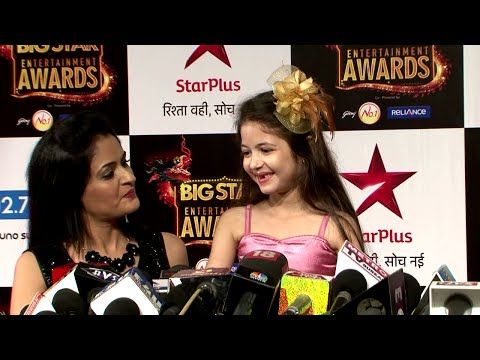 Cutie Harshaali Malhotra TOO SHY at Big Star entertainment Awards 2015.