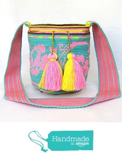 Exceptional oversized SMALL size single tread Wayuu mochila handmade cross body bag from Crafty Barn https://www.amazon.com/dp/B0728GRWVW/ref=hnd_sw_r_pi_dp_gK1izbZNTD29N #handmadeatamazon