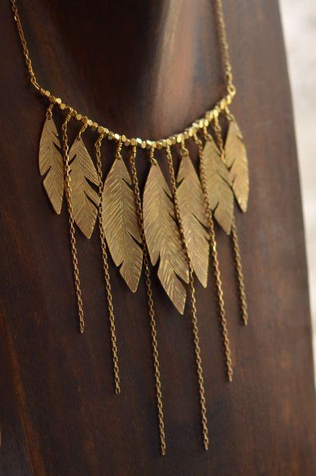 Collier plastron plumes de laiton - ANNeLIESA Bijoux - hubWin Shopping votre galerie e-marchande