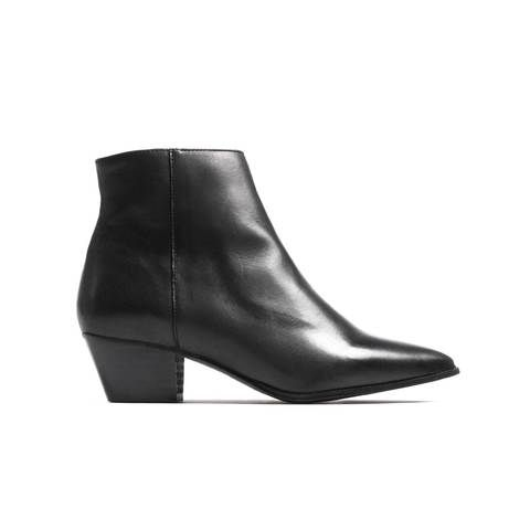 Bleeker Black Leather
