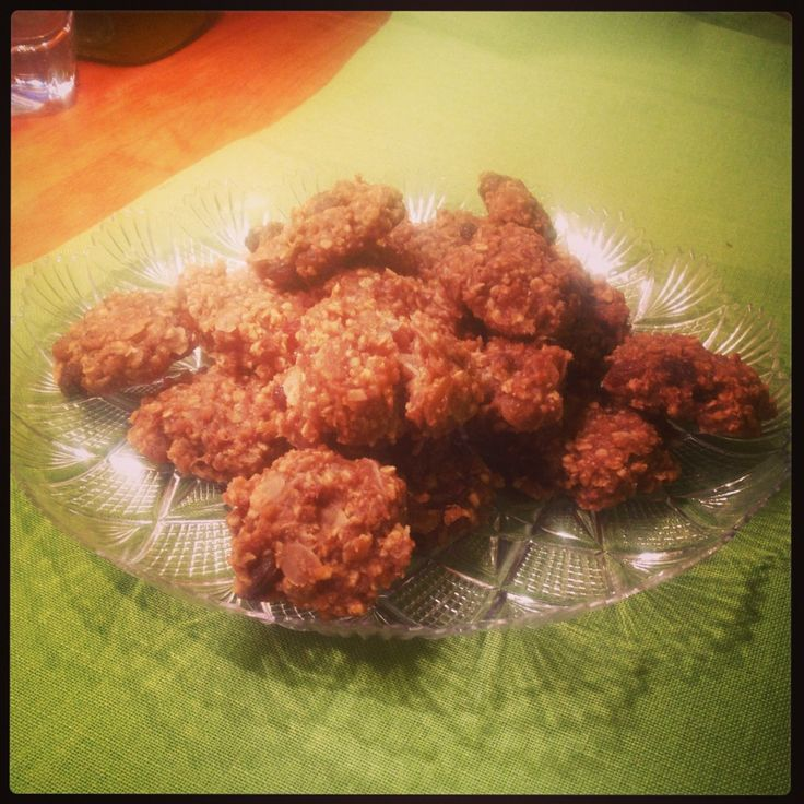 Biscotti di avena con zucchero integrale di cocco Panela: salutari, deliziosi. Ricetta facile e veloce