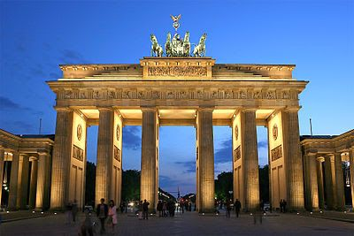 """The End Times Forecaster: Obama and the Brandenburg Gate   -  There are many """"leaders who have a """"Jesuit"""" form of service, double agent. Lord protect what is yours and belongs to you give wisdom and clarity to those who need it to stand against that which is opposed to you. Give courage to stand in these final day's to be faithful to your Word."""