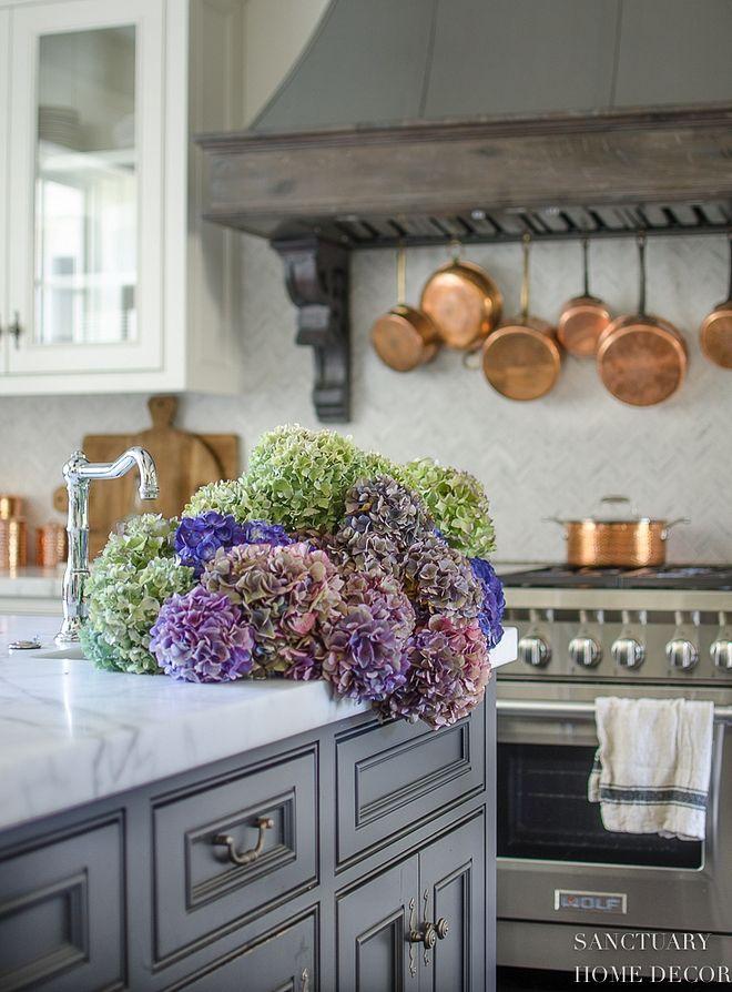 Kitchen Kitchen Sink Hydrangeas Kitchen Kitchen Kitchensink Hydrangeas Kitchen Remodel Design French Country Kitchens Country Kitchen Designs