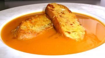 Voňavá tekvicová polievka