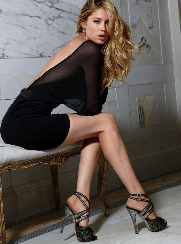 2016   Hot Celebrity Woman  Doutzen Kroes In A Miniskirt And High Heels   Doutzen Kroes -4858