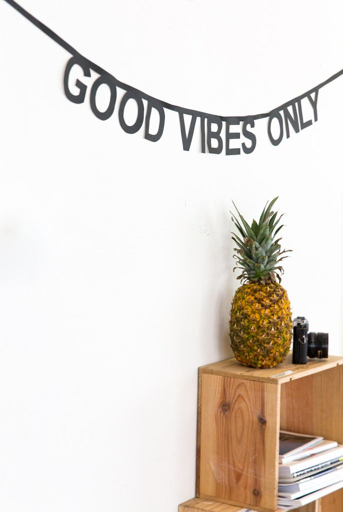 A #DIY word banner with positive vibes for the weekend!