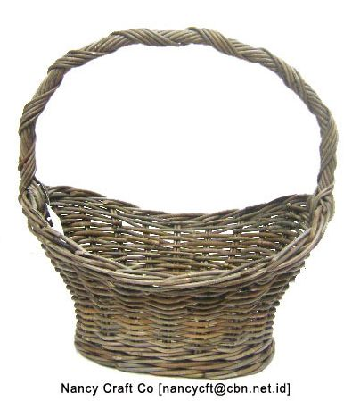 Celebrate your day by decorating your home. This basket can helps you to be a home/interior decorator. Just mix and match it with your other stuffs  . . #basket #rattan #nancycraftco #happysunday #Sunday #rattanbasket #naturalmaterial #Indonesianproduct #productsforyou #home #decoration #homedecorator #interiordesigner #ig_decoration #mixandmatch #celebration #unique #instadaily #instagood #designer #idcdesigners