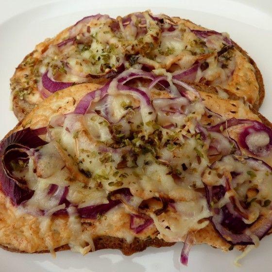 Überbackenes Zwiebelbrot (Warm Sandwich Recipes)