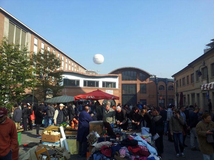 Il #Balon: il #mercato delle #pulci di #Torino.  #market in #Turin
