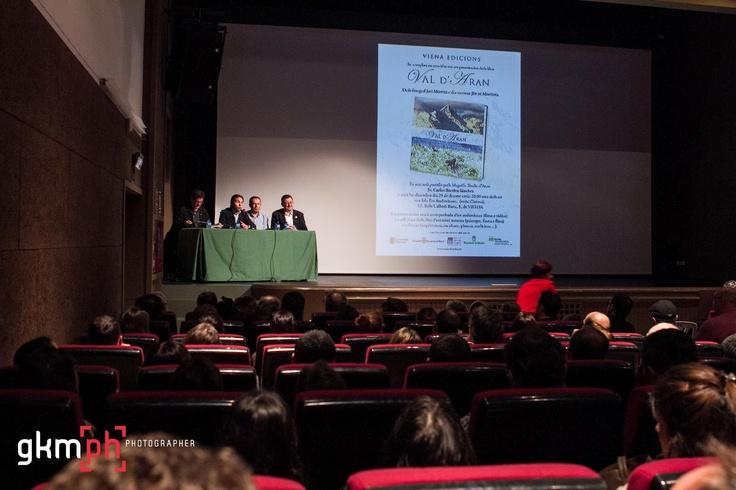 la foto 359#366fotos en http://gorkamartinez.blogspot.com.es/2012/12/359366fotos.html @ GKMPH - Photographer, para la presentación de un libro de fotografías de la Val d'Aran359#366fotos