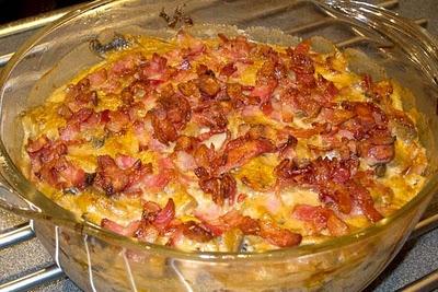 LCHF till vardag och fest: Kycklinggryta i ugnen med bacon och champinjoner