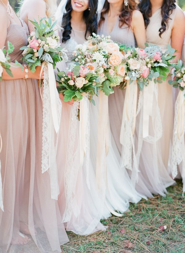 lace bouquet ribbons | J Layne Photography
