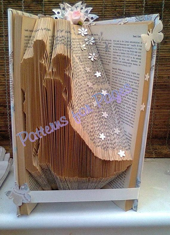 Book folding pattern for a BRIDE AND GROOM