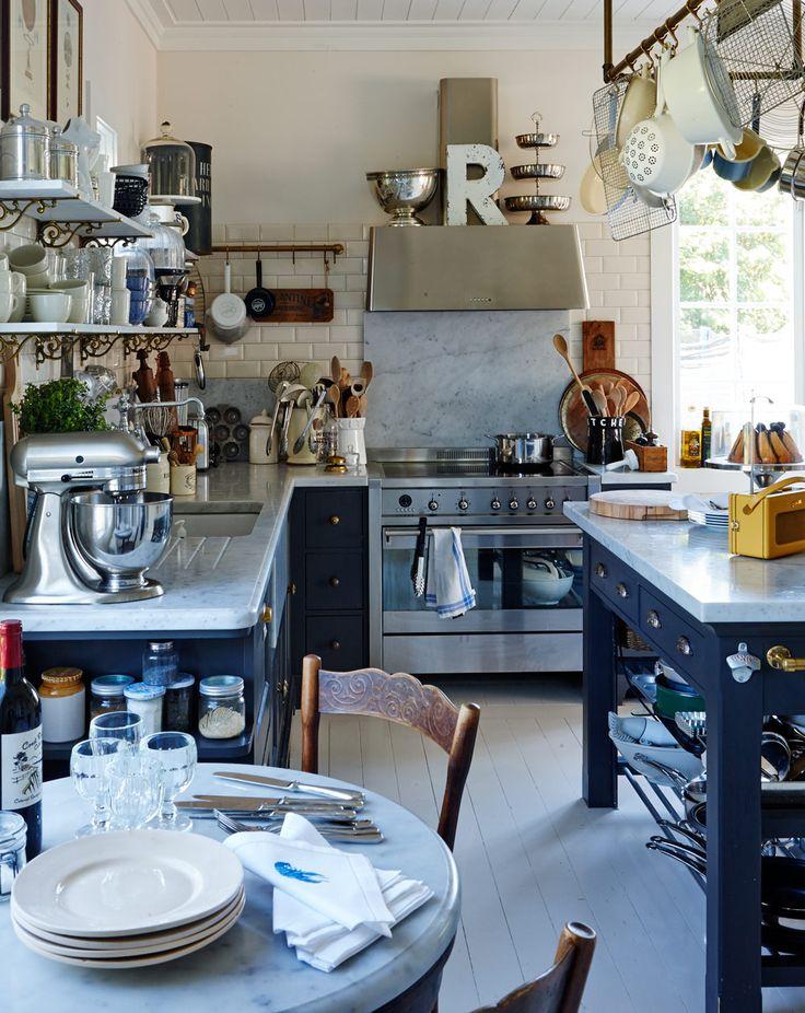 Love this kitchen! Hemma hos Leila Lindholm – köket är husets hjärta - Sköna hem