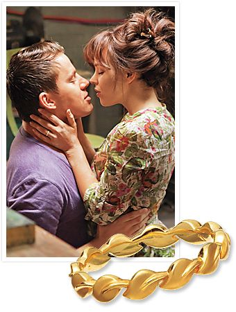 dear future husband, this is the wedding band I want...and it's only $600 Rachel McAdams, The Vow Ring, Parade Design