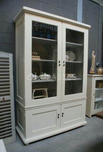 Meer dan 1000 idee n over oude keuken kasten op pinterest keukenkasten keukenkast hardware en - Eigentijdse boekenkasten ...