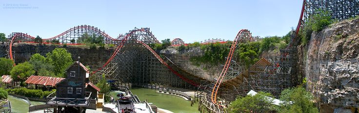 Iron Rattler Hybrid Coaster, Six Flags, Fiesta (San Antonio)Texas