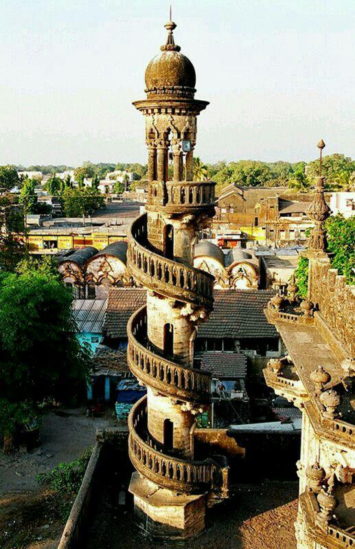 Indo-islamic architecture in Junagadh, Gujarat