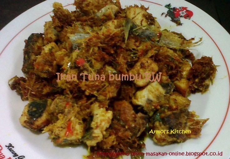 IKAN TUNA BUMBU RW khas Manado  Yuk simak resepnya http://aneka-resep-masakan-online.blogspot.co.id/2016/01/resep-ikan-tuna-bumbu-rw.html