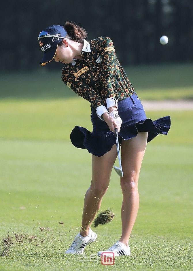 LPGA/KLPGA/LET/JLPGA Golf Fashion - On-Course - Page 289
