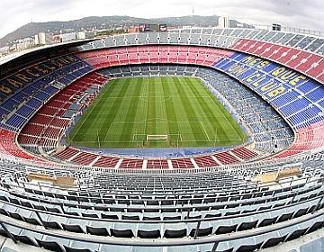 Disfruta de un juego de fútbol en Barcelona!