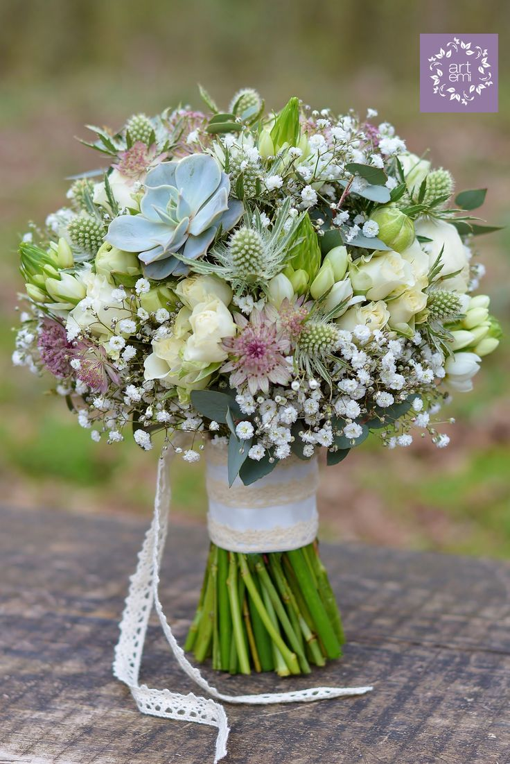 #wedding #weddingday #slub #bukiet #bukiety #bukietslubny #weddingbouquet #kwiaty #flowers #rustic #rusticstyle #whiteflowers #bielekwiaty #artemi #florystyka  www.artemi.com.pl