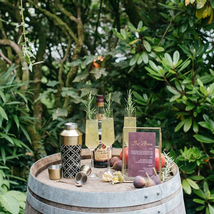 One of my favourite things to style is bar set ups! Having a little ( or large! ) bar area at your wedding is such a nice idea ... especially if you are looking at a venue with no bar facilities of its own. A little styled area with welcome drinks or a whisky or cocktails area in the evening looks great.  This rustic bar set up was from the autumnal editorial shoot I styled in August. Photographer @barrow_emma  Venue and drink accessories @weddevon  Bar menu and styling @knotsandkisses