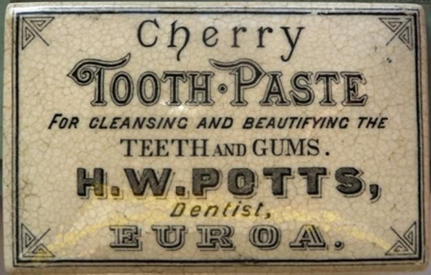 CHERRY TOOTH PASTE FOR CLEANSING AND BEAUTIFYING THE TEETH AND GUMS H W POTTS DENTIST EUROA CERAMIC LID