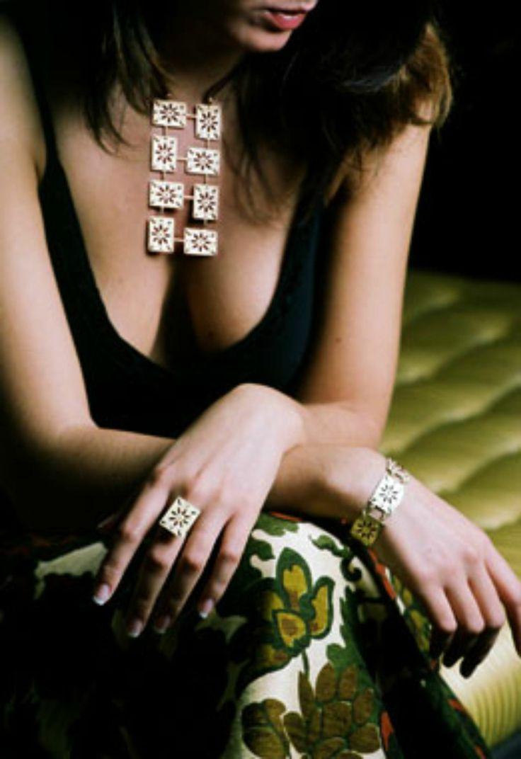 """Parure della collezione #gioielli """"Maduni Pinti"""", ispirata ai mattoni decorati delle antiche dimore siciliane..."""
