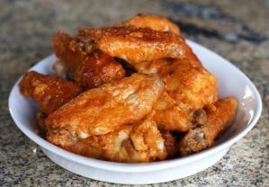 Homemade Buffalo Wings and Blue Cheese Dip: Buffalo Wings Fried
