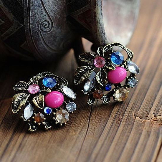 Vintage Stud Earrings Bronze Leaves Ear Stud Gold Colorful Rhinestone Earrings For Women Fashion Jewelry PendientesDrop Shipping