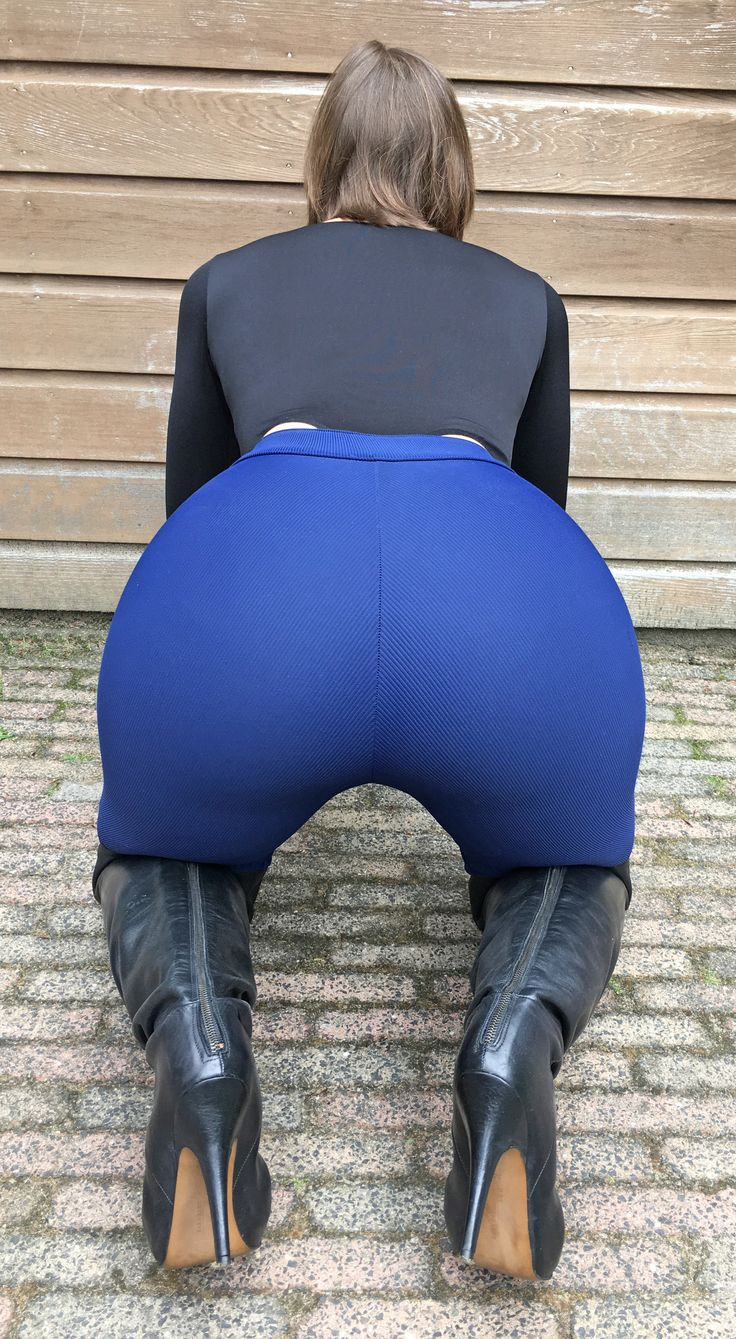 Stephanie Wolf - Wearing My Blue Riding Pants With A Butt -7201