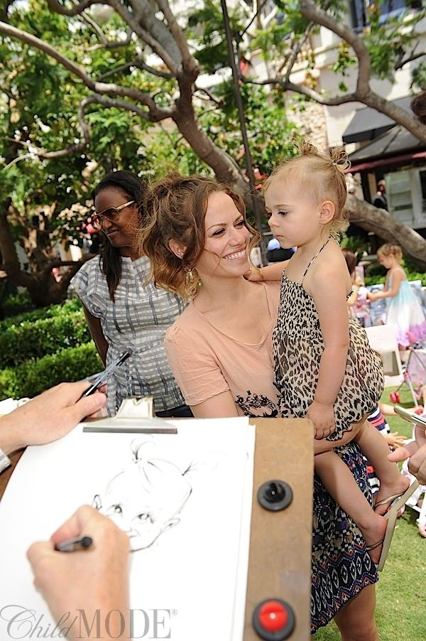 Bethany Joy Lenz and her daughter Maria